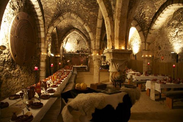Salle du Banquet des troubadours à Provins / © Agence Talion
