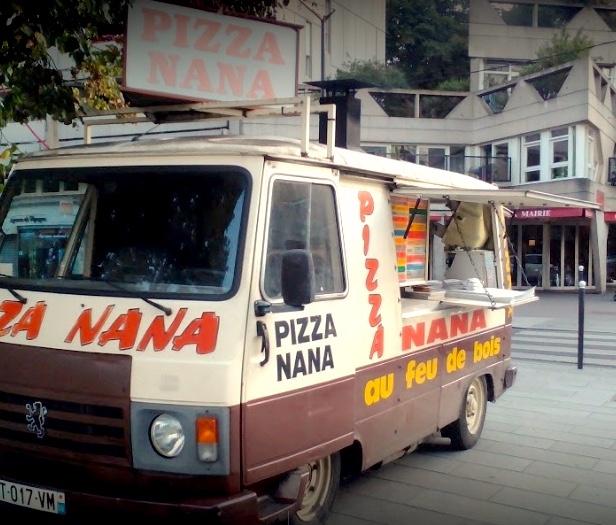 La Pizza Numa sur la place de la mairie / DR