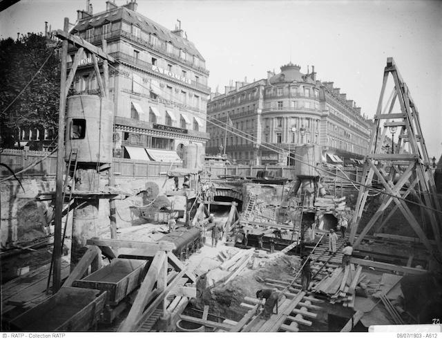 Construction de la station de métro Opéra en 1903 / © RATP