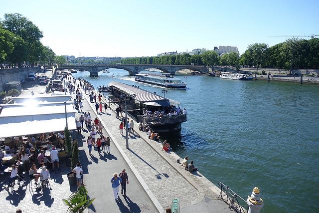 Les berges de Seine rive gauche / © Guilhem Vellut Creative commons - Flickr)