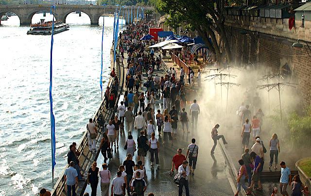 Les berges de Seine rive droite durant Paris Plage / © Craig Morey (Creative commons - Flickr)
