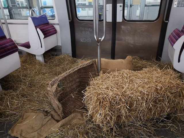 La ligne 13 photographiée dimanche 9 décembre par le twitto @Kenji_Yrb / (C) @Kenji_Yrb