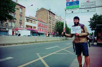 Wael Sghaier présente sa carte postale filmée du 93