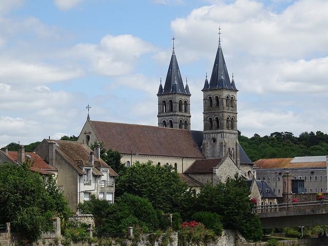 Collégiale Notre-Dame de Melun / © Olive Titus (Creative commons - Flickr)