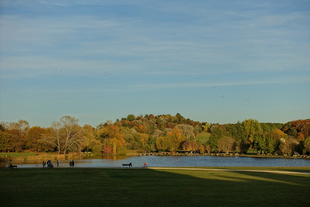 Le parc Georges Valbon / © Guilhem Vellut (Creative commons - Flickr)