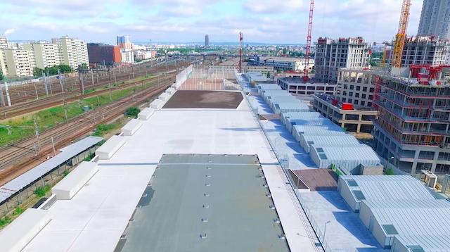Le site de Chapelle international dans le 18e qui accueillera la plus grande ferme urbaine d'Europe / © Cultivate
