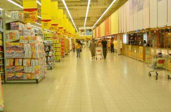 Un ancien supermarché revisité en galerie d'art décomplexée