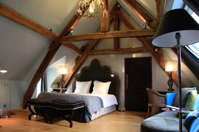 L'une des chambres de l'Hibernie à Rochefort-en-Yvelines / © L'Hibernie