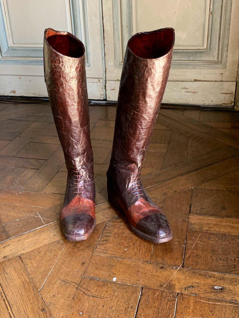 Les créations de l'artiste Isabelle de Borchgrave au château de Champs-sur-Marne / © Le CMN