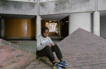 """""""Utopie / Maladrerie"""", un regard sur la banlieue par la photographe Julie Balagué"""