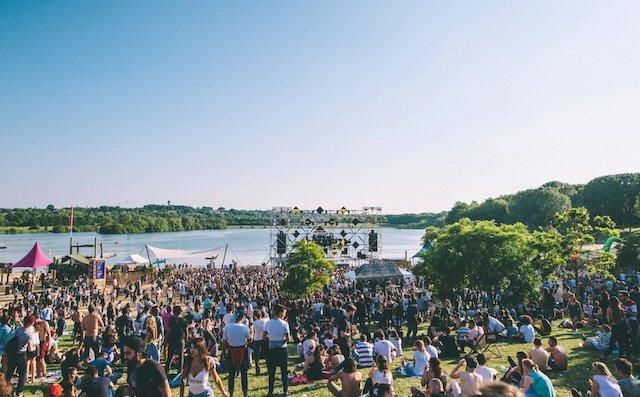 Le festival Marvellous Island sur la plage de l'île de loisirs de Vaires-Torcy en Seine-et-Marne / © Marvellous Island