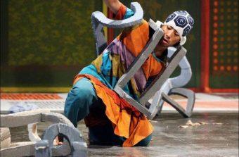 Un danseur se lance dans une performance de 24h au Générateur