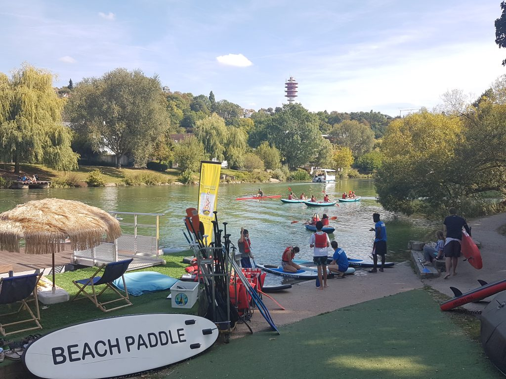 Le club Beach Paddle à Saint-Maur / © Mona Prudhomme pour Enlarge your Paris