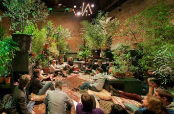 Garden State, une oeuvre en forme de jardin éphémère au théâtre de Cergy