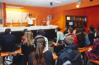 Le Palais de la découverte invente les cours du soir en musique