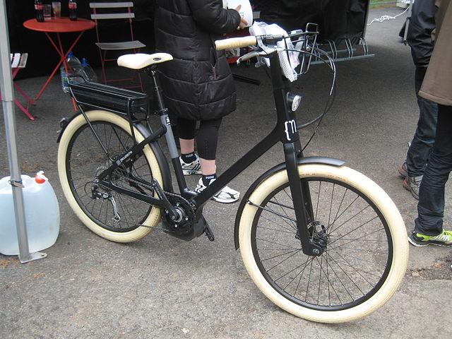 Un vélo électrique / © Sylenius