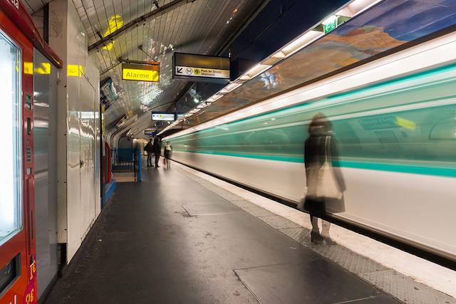 Quai du métro parisien / © Barnyz (Creative commons - Flickr)