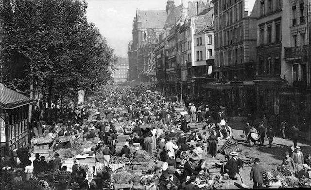 Les Halles à Paris à 6h du matin vers 1900 / DR