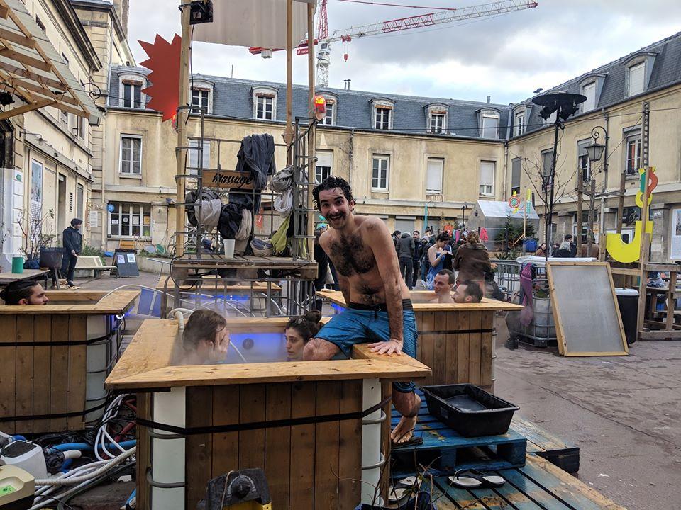 """L'édition 2019 de """"Feu aux fesses"""" aux Grands Voisins à Paris / © Yes We Camp"""
