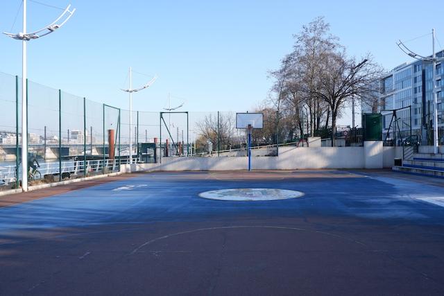 Le playground de Levallois sur les bords de Seine / © Solenn Cordroc'h pour Enlarge your Paris