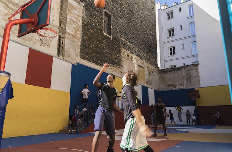 Faire Un Demi Terrain De Basket les terrains de basket où il faut avoir shooté dans le grand