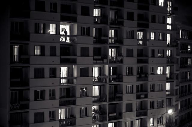 Façade d'immeuble à Montreuil / © Hakim Mezine WInghart (Creative commons - Flickr)