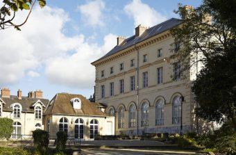 Le Palais du Roi de Rome se convertit au street art  à Rambouillet