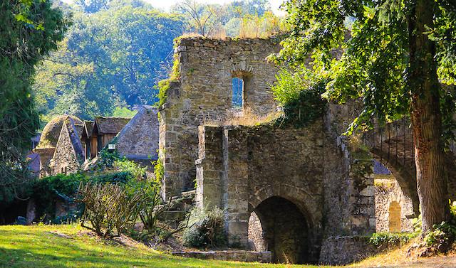 L'abbaye des Vaux-de-Cernay dans le parc naturel de la Haute Vallée de Chevreuse / © Chris 861 (Creative commons - Flickr)