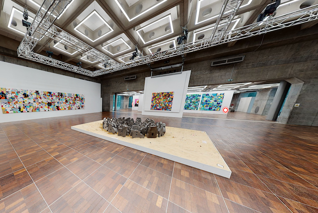 Visite virtuelle de l'exposition consacrée au graffeur Cyril Kongo sur le toit de la Grande Arche de La Défense / © Grande Arche de La Défense