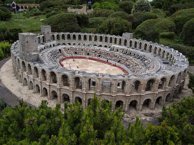 Les arènes d'Arles dans les Bouches-du-Rhône / © Denis Bourez (Creative commons - Flickr)