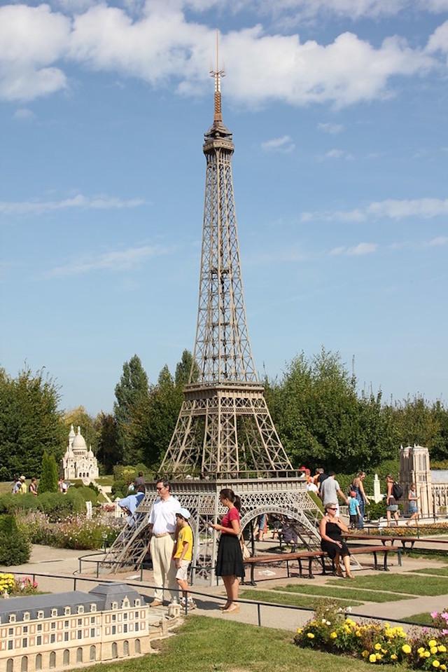 La tour Eiffel / © Gilles Couteau (Creative commons - Flickr)