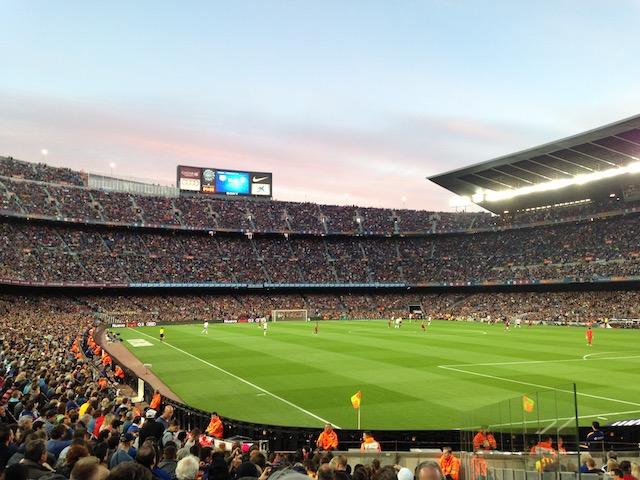 Le stade du Camp Nou à  Barcelone peut accueillir jusqu'à 100.000 spectateurs / © Steve Stillman pour Enlarge your Paris