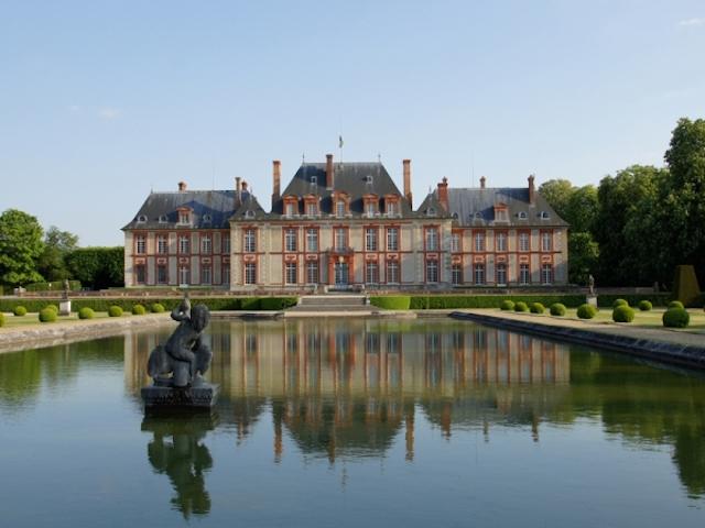 Le château de Breteuil à Choisel / © Michel André