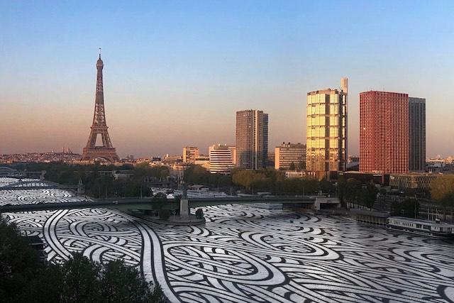 Photo prise par un Parisien confiné et customisé par le street artiste Jordane Saget / ©  Jordane Saget