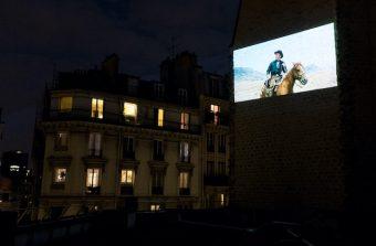 Le cinéma La Clef déconfine le 7e art sur les murs du Quartier Latin