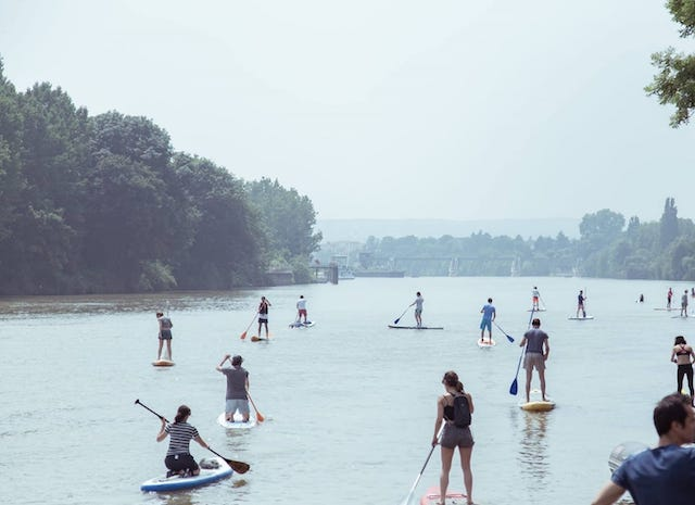 Sortie paddle sur la Seine dans les Hauts-de-Seine avec Happy Seine / © Happy Seine