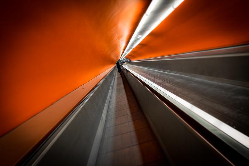 Couloir du RER à Paris / © Nell's Journey (Creative commons - Flickr)