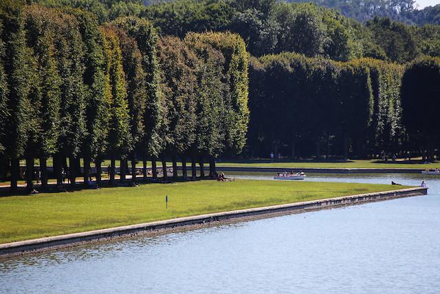 Le parc du château de Versailles rouvre ce 6 juin / © Domidoba