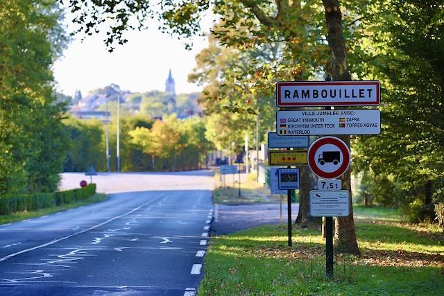 Les Yvelines et Rambouillet font partie des secteurs particulièrement recherchés par les Parisiens et les habitants de petite couronne en quête d'une maison au vert depuis la fin du confinement / © Nicolas DUPREY - CD 78