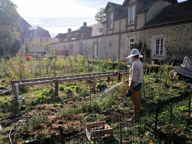 La Fermette de l'Artoire dans les Yvelines fait partie des fermes en Île-de-France où pratiquer le woofing / © La Fermette de l'Artoire