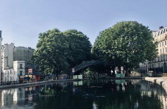 Croisière piétonne le long du canal entre Paris et Pantin