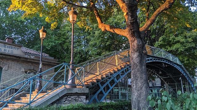 La passerelle de la Grange aux belles sur le Canal Saint-Martin à Paris / © Alyosha Efros (Flickr - Creative commons)
