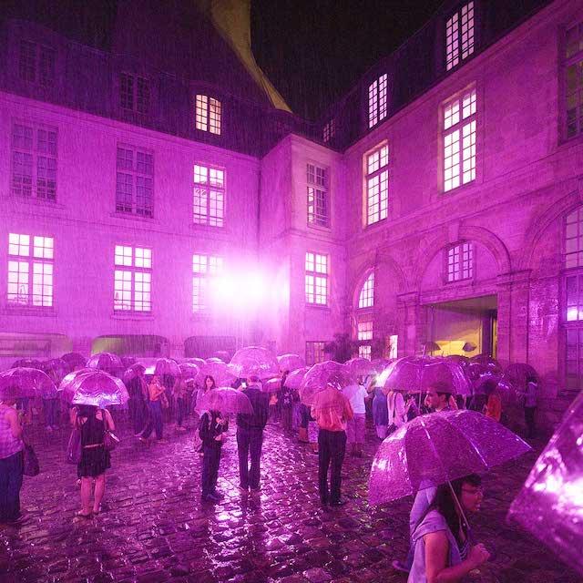 L'installation Purple Rain programmée du 30 juillet au 2 août dans le cadre du festival Paris l'été / © Paris l'été