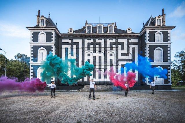 Le château de Pressigny-les-Pins où se tient le festival de street art LaBel Valette / @ Urban Art Paris