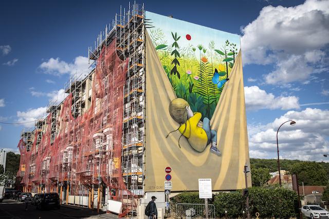 Jour 3. Les fresques murales du quartier Bernard de Jussieu à Versailles, à proximité de la forêt de Fausses-Reposes / © Jérômine Derigny pour Enlarge your Paris