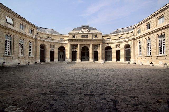 La Monnaie de Paris sur le quai Conti dans le 6e arrondissement / © Monnaie de Paris