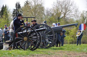 Le musée de la Grande Guerre se transforme en champ de bataille