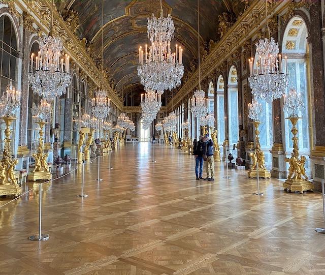 La galerie des Glaces au château de Versailles vidée de ses touristes le 14 octobre dernier / © Jean-Noël Duquenne