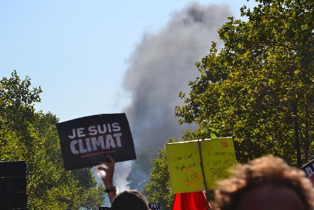 Marche pour le climat à Paris / © Jeanne Menjoulet (Creative commons - Flickr)
