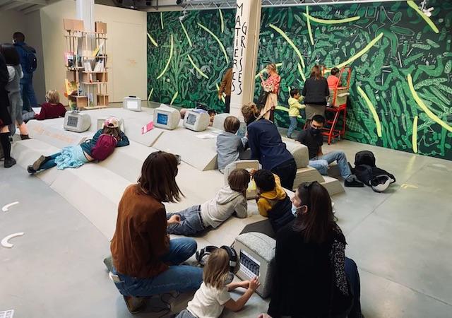 """L'exposition """"Trop classe"""" au MAIF Social Club à Paris / © Marion Voillot"""